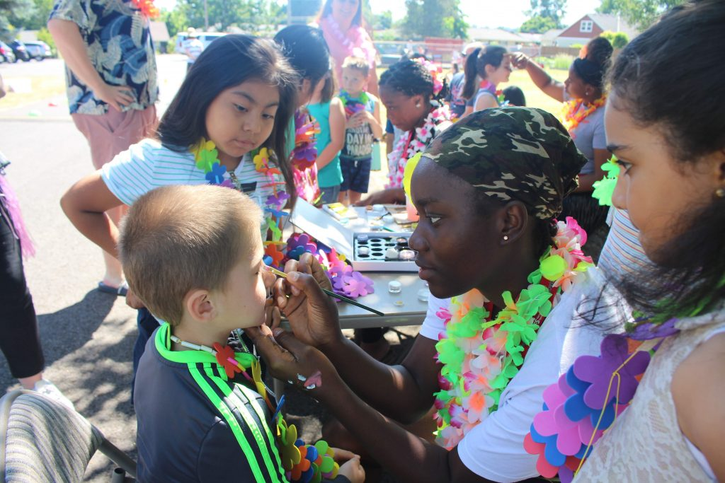 luau face painting station!